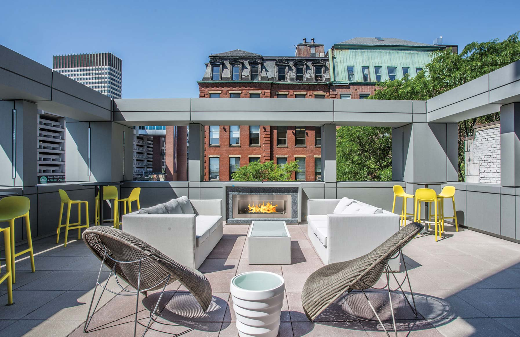 One Canal Apartment Homes - Boston, MA - Patio Club