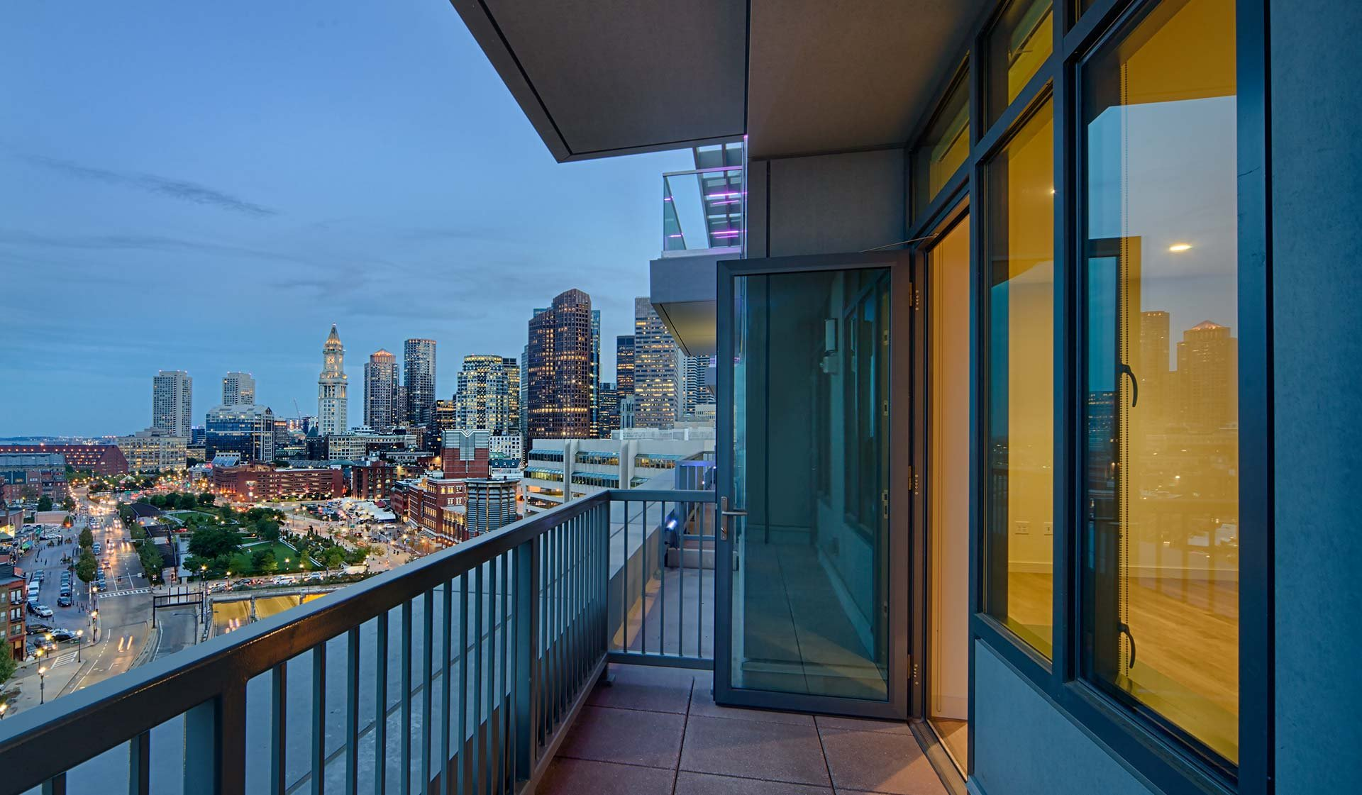 One Canal Apartment Homes - Boston, MA - City Skyline